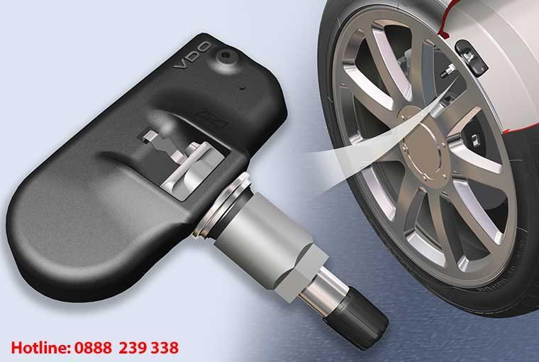 Cảm biến áp suất lốp – Thiết bị an toàn không thể thiếu trên ô tô