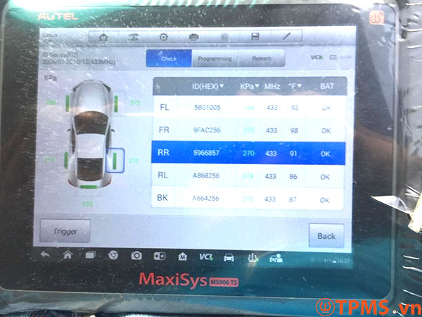 Lắp đặt cảm biến áp suất lốp Lexus LS460h 2007