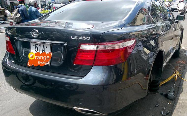 Lắp đặt và lập trình cảm biến áp suất lốp xe Lexus LS460 2008