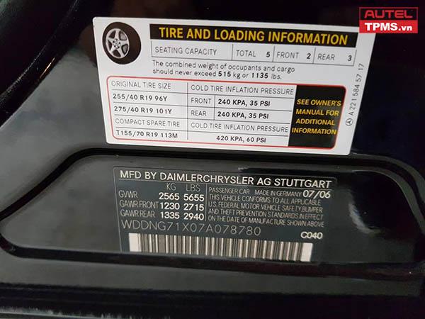 Cài đặt cảm biến áp suất lốp Mercedes Benz S550 2007