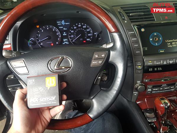 Lập trình cảm biến áp suất lốp Lexus LS600HL 2008