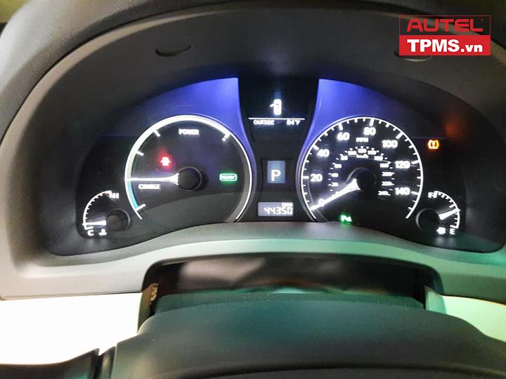 cam-bien-ap-suat-lop-Lexus-RX450h-2010-2