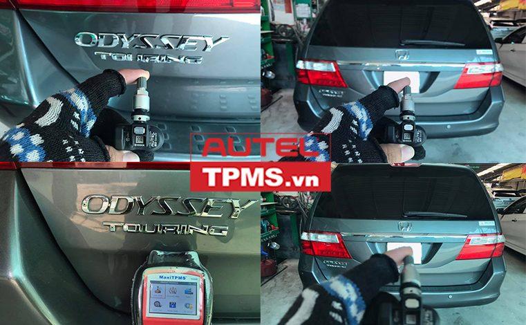 Thay 2 van cảm biến áp suất lốp Honda Odyssey 2010